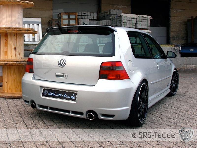 R32-Style Heckstoßstange/Heckschürze VW Golf 4